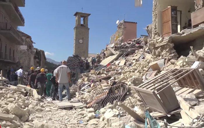 Землетрясение вИталии деформировало 1100 квкмземной поверхности
